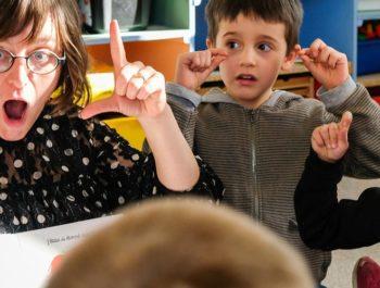 La langue des signes pour les jeunes enfants